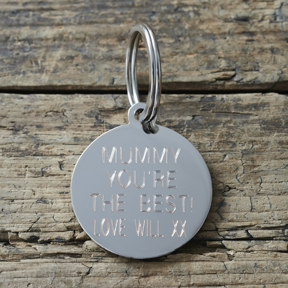 Example of the engraved reverse side of our Jack Russell dog keyring