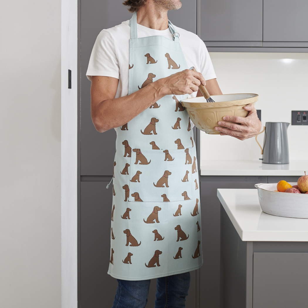 Cocker spaniel (chocolate) apron , Mischievous Mutts > Aprons , Cocker Spaniel